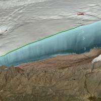 Un gigantesco cratere da asteroide sotto i ghiacci della Groenlandia