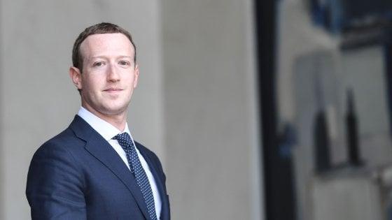 """Zuckerberg di nuovo sotto accusa. """"Non sapevo nulla della so"""