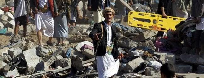 """Yemen, """"Senza pace, resta la fame"""": Riad rallenta l'offensiva su Hodeidah ma continua la strage dei droni Usa"""