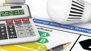 L'aumento delle tariffe di luce e gas dà una spinta all'inflazione