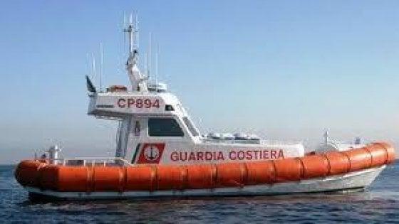 Sardegna, naufraga barca di migranti, due morti e almeno otto dispersi
