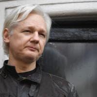 Julian Assange, tutto quello che c'è da sapere sulla sua incriminazione