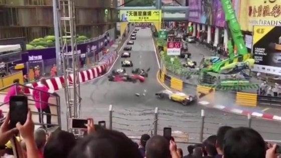 Formula 3, pauroso incidente a Macao per la 17enne Floersch
