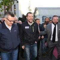 """Rifiuti, Salvini: """"Con Di Maio troveremo un'intesa"""". Ma lo gela: """"Si usino i ter..."""