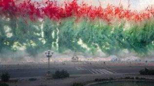 Cai Guo Qiang, fuochi d'artificio come arte: meraviglia in piazzale Michelangelo video