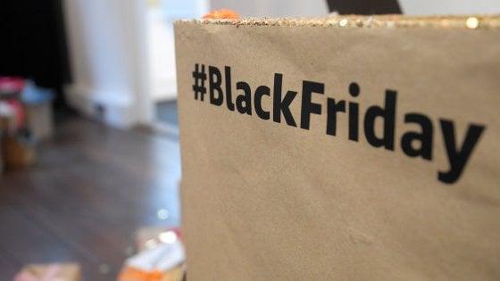 Black Friday, il Politecnico vede il record: Gli italiani spenderanno più di un miliardo online