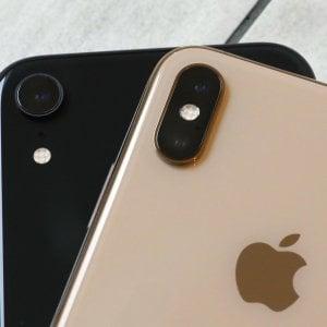 Apple, bassa domanda per i nuovi iPhone: tagliata la produzi