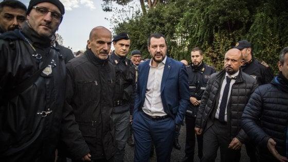 """Salvini avverte i 5S: """"Sì al decreto sicurezza o salta tutto"""". Presentati 600 emendamenti. Conte: """"Fiducia solo se necessario"""""""