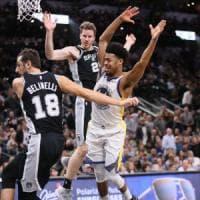 Basket, Nba: Belinelli ok ma Spurs travolti. Si ferma Gallinari, non i Clippers