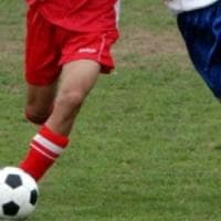 """Baby calciatori danno lezioni di fair play ai genitori ultras:  """"Lasciate in pace gli..."""