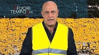 """Crozza e i gilet gialli, è amarezza: """"In Italia non ci incazziamo più"""""""