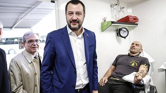 """Salvini: """"Donazione di sangue volontaria e obbligatoria nelle scuole"""""""