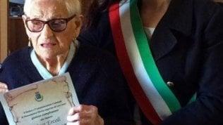 Morta a 107 nonna Rosa, la decana dei terremotati