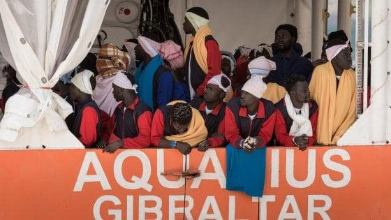 Migranti: Onu, Italia criminalizza Ong