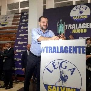 Il Pd: i soldi truffati dalla Lega servono a pagare i siti di Salvini?