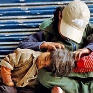 Povertà, appello a Governo e Parlamento per affrontare l'emergenza di 1,2 milioni di bambini ridotti in miseria