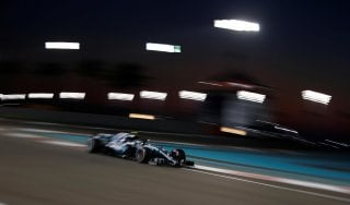 F1, Gp Abu Dhabi: Bottas davanti a tutti nelle libere. Ferrari indietro