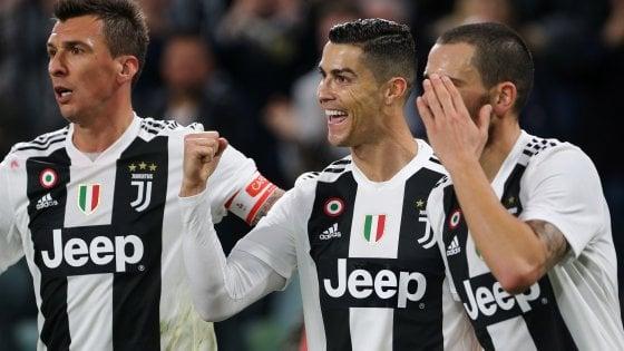 Juventus-Spal 2-0: Ronaldo e Mandzukic, i bianconeri non si fermano