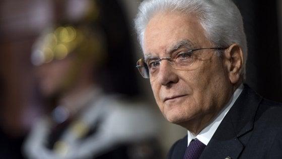 """Mattarella: """"In Italia ancora troppa violenza sulle donne, e le denunce sono poche"""""""
