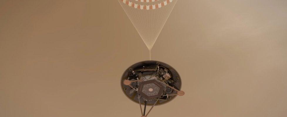 """Sonda Insight pronta per atterraggio su Marte: la discesa in """"sette minuti di terrore"""""""