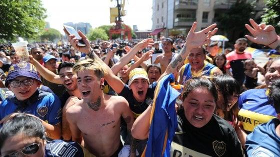 Superclasico, assalto al pullman del Boca: finale rinviata alle 21 di domenica