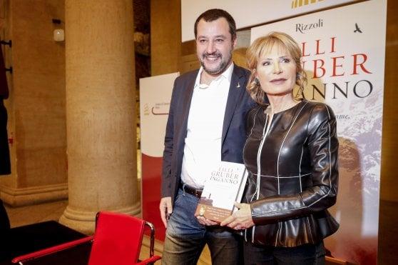 Salvini: voglio raddoppiare la scorta a Saviano, se lo toccano è colpa mia