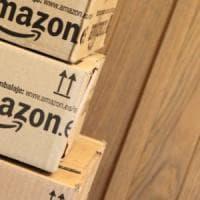 Amazon, ok alla licenza di operatore postale: sarà sotto la lente Agcom