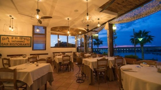 Nel Golfo di Napoli tra Capote e la Morante: come nutrirsi di letteratura