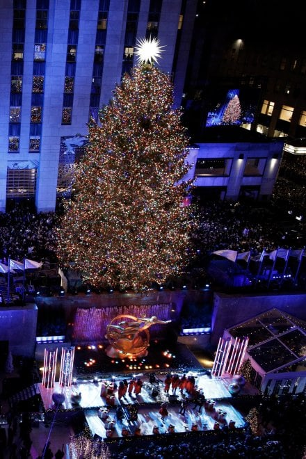 Immagini Natale A New York.New York E La Casa Bianca Si Accendono Per Il Natale Repubblica It