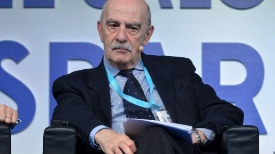 Gian Carlo Blangiardo designato all'Istat, è polemica: È di parte, non può fare il presidente