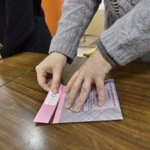 Governo, calo nei sondaggi. Salvini sotto il 50% di popolarità