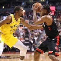 Basket, Nba: show Durant, ma Warriors ko a Toronto. I Clippers non si fermano più