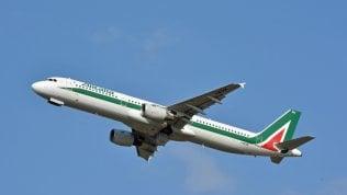 Rivoluzione tecnologica in Alitalia più efficienza e clienti soddisfatti
