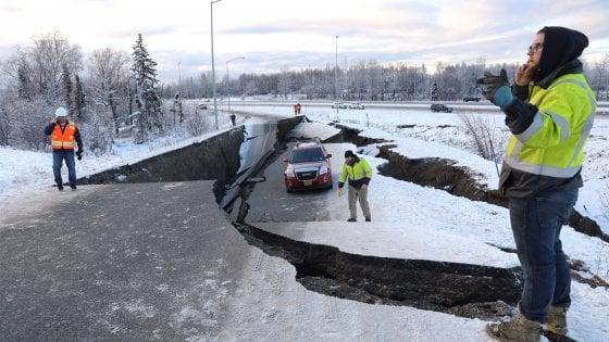 Alaska, terremoto di magnitudo 7.0. Distrutte strade e reti elettriche