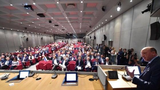 Il presidente Confindustria durante un convegno a Torino