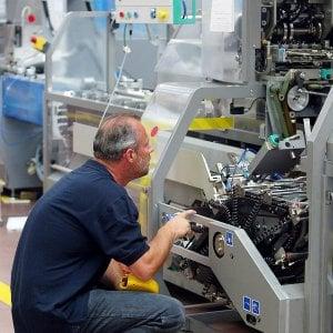 Ancora nubi sull'economia italiana, il pmi manifatturiero scende ai minimi da quasi 4 anni