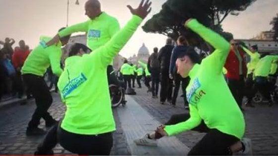 Giornata internazionale delle persone disabili: il flash mob per sensibilizzare sui 10 diritti negati