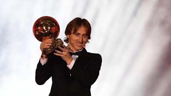 Pallone d'oro, vince Modric: finisce l'era di Messi e Ronaldo