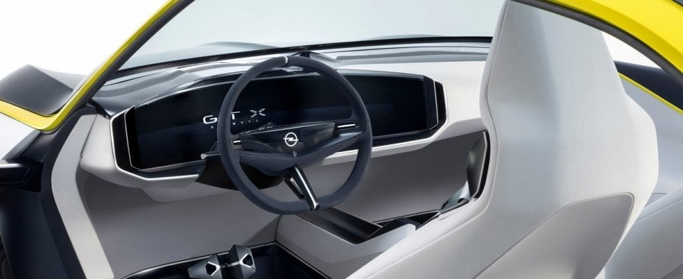 GT X Experimental, così Opel punta sui millennial