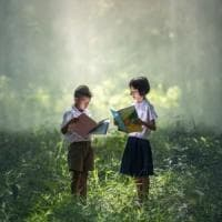 Bambini, perché le favole insegnano a crescere