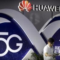 Huawei avrà il suo sistema operativo: sfida a Apple e Google