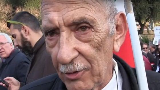 """Di Battista padre fa ironia sul governo: """"Abbiamo bloccato Ilva, Tap e nazionalizzato autostrade"""""""