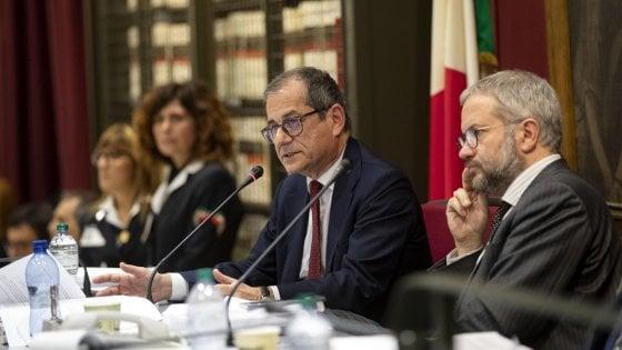 Dalla flat tax al taglio imu il maxiemendamento chiude l for Commissione bilancio camera