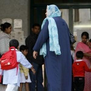 Manovra, il governo taglia fuori gli extracomunitari dalle agevolazioni per le famiglie