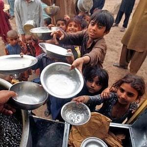 Pakistan, l'espulsione di 18 Ong straniere mette a rischio 11 milioni di poveri