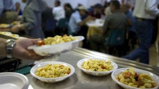 Povertà, più di un italiano su quattro è a rischio