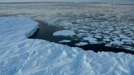 Allarme ghiacci in Groelandia: scioglimento senza precedenti