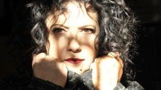 """Outsider Antonella Ruggiero Oltre i Matia Bazar: """"Non c'è niente che non rifarei"""""""