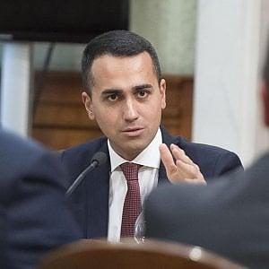 """Manovra, Di Maio: """"Taglio su pensioni d'oro dal 25 al 40%"""". Governo chiede la fiducia"""