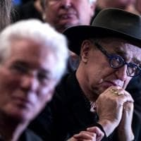 Bernardo Bertolucci, l'omaggio degli amici: da Scorsese a Sorrentino, tutti a